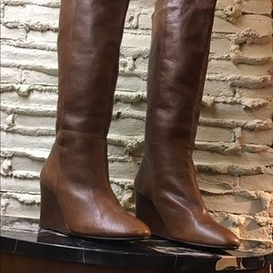 Whisky tan high boot, wedge heel, slip on, leather